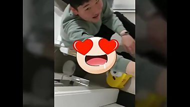 Korean Real Teenager Gangster Toilet SPY Cam REMIX