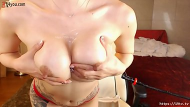 BJ Korean with super nice tits show on cam !