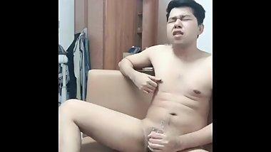 Pinoy cumshot on sofa