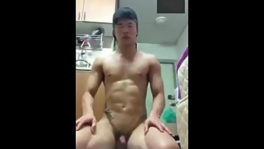 [leaked] young athletic korean guy masterbates for a girl face cum