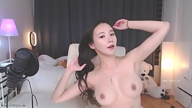 Korean Sexy Beautiful Girl BJ #9  BJ NEAT (KBJ18120509)