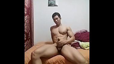 korean muscle big chest cam jerkoff