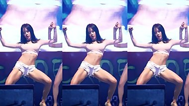 Sexy Kpop Fancam  BAMBINO - Worth It