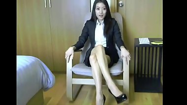 Gorgeous asian office lady webcamshow part 1