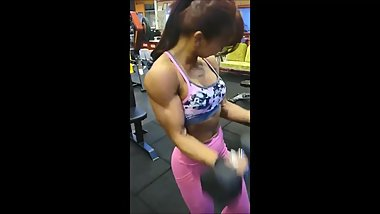 Korean Fitness Girl trains till exhausted