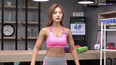 Korean Fitness Girl Shim E. on tv program 04